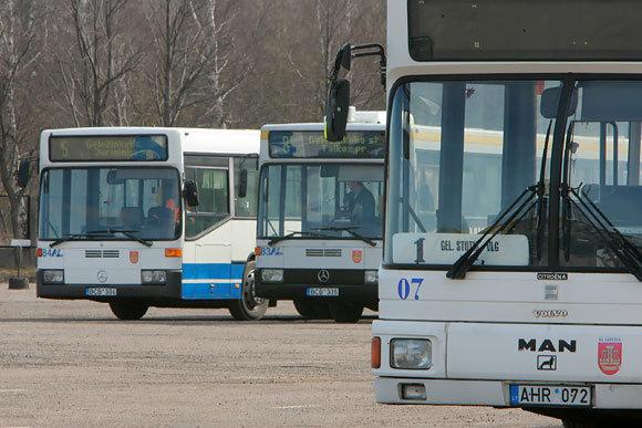 100 litų už visuomeninį transportą